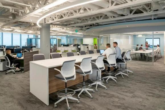 写字楼装修时如何巧用隔断让办公室格局看起来更舒适