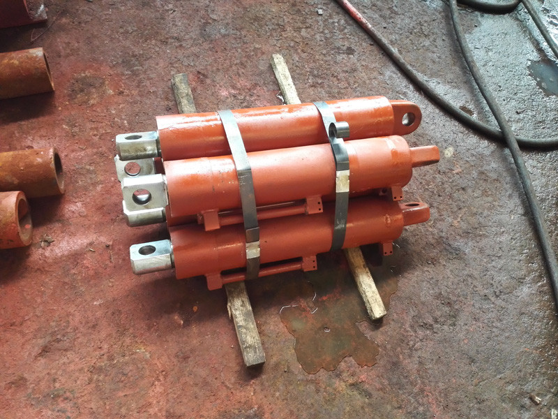 液压支架立柱千斤顶