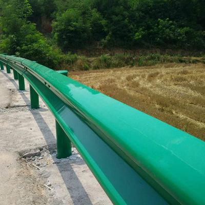 四川公路护栏大致分为几种?四川波形护栏有哪些零配件组成?