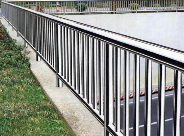 四川不锈钢护栏的保养方法