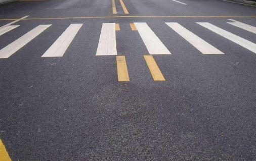 為什么道路上要進行標線施工呢?有什么作用呢?