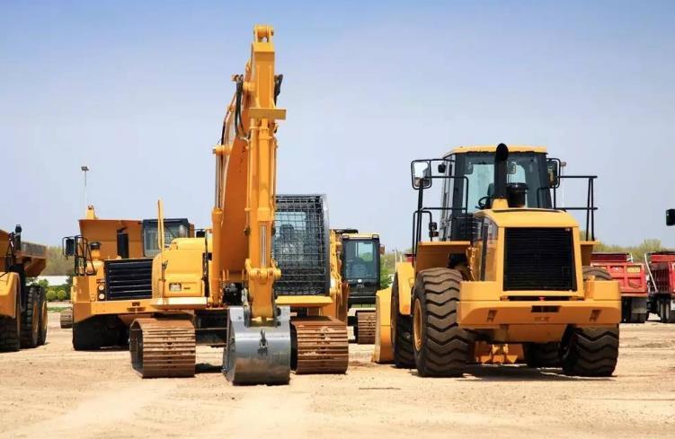 新疆挖掘机租赁