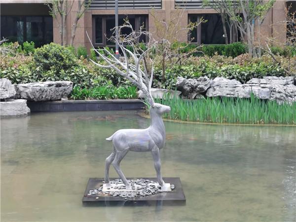 河南不锈钢雕塑定制