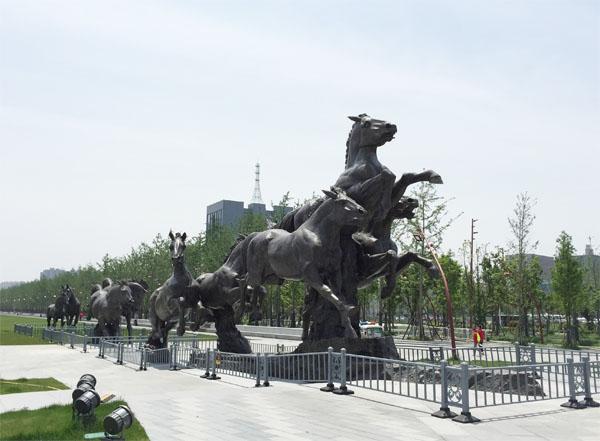 河南锻铜雕塑