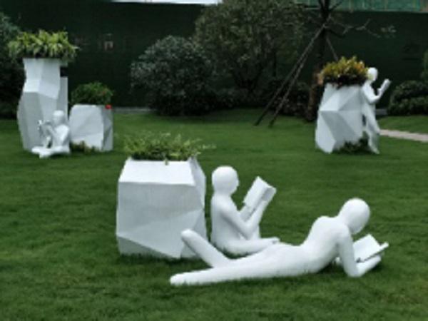 玻璃钢雕塑上用什么漆?