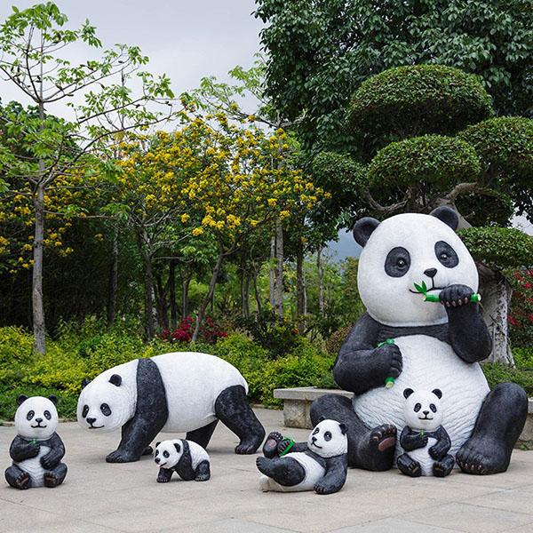 户外仿真熊猫动物玻璃钢雕塑