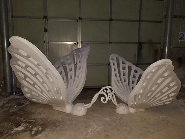 泡沫雕塑安装