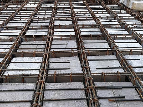 空心楼盖施工,混凝土浇筑要符合要求