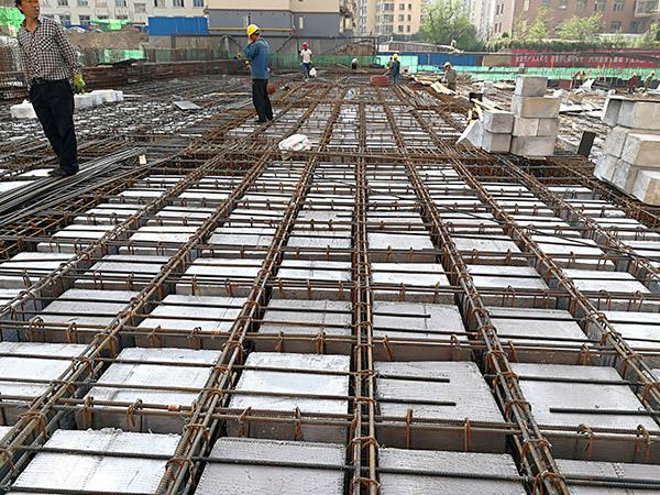 预制混凝土空心楼盖的技术性优点有什么?