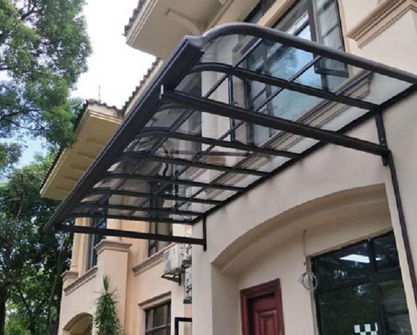 带您了解一下目前常见的建筑遮阳的方式都有哪些