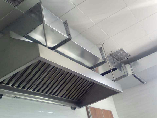 厨房排烟管道工程施工完成