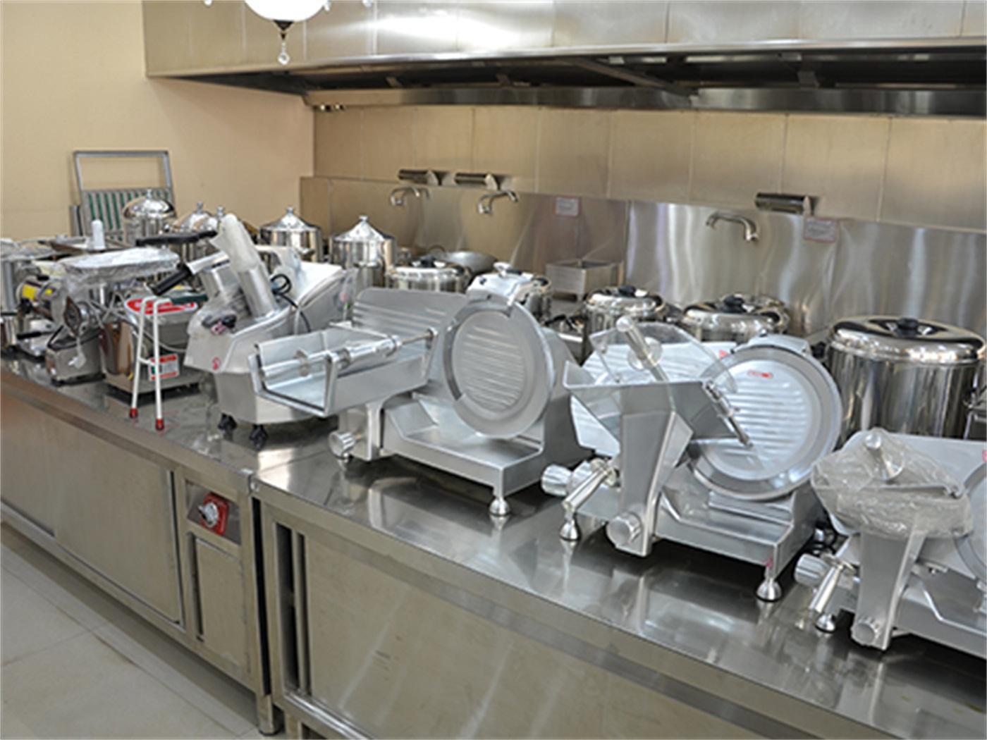 学校厨房设备的保养应该注意哪些?
