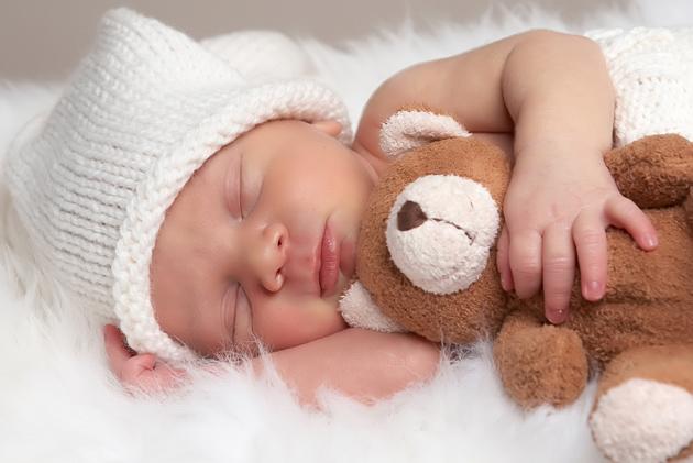 分析新生儿出现湿疹的原因都有哪些?