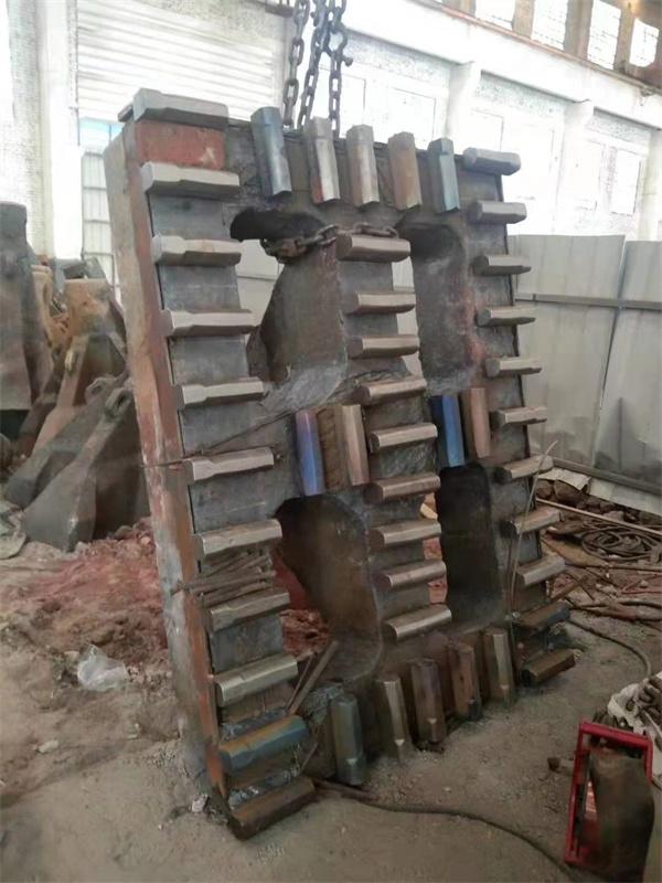 锤头的耐磨性影响锤头的使用寿命,这些知识你Get到了吗?