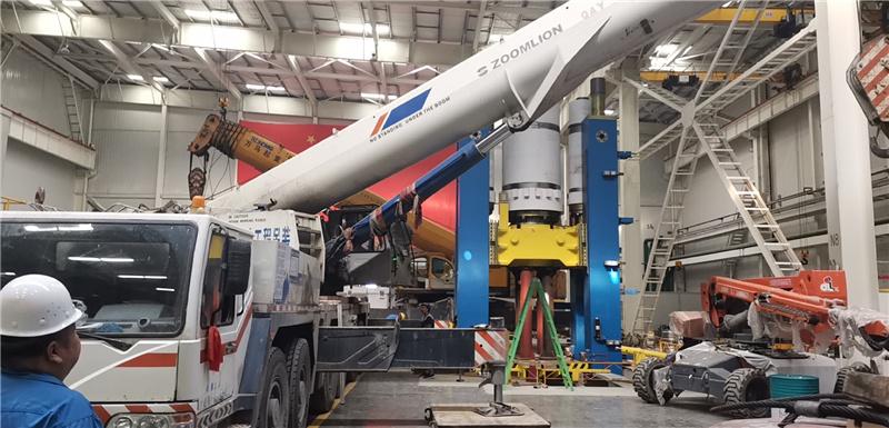 8500吨特大油压机安装