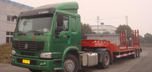 大型平板运输车