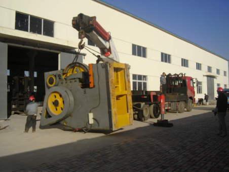 西安设备搬运企业:如何保证重型设备的搬运安全