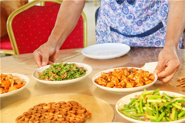 餐厅-圆桌