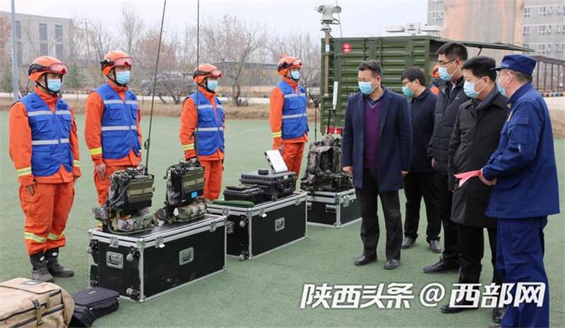 樊军荣率工作组一行深入新疆森林消防总队陕西驻防队伍慰问