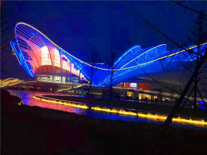 青岛啤酒节凤凰厅钢结构氟碳漆防腐工程完工效果图