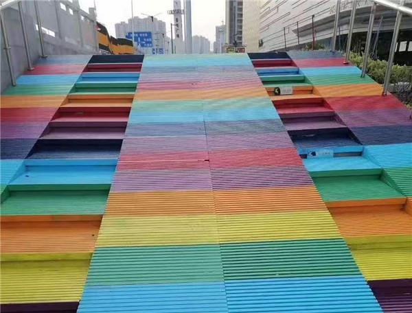 路面彩绘案例:山东潍坊彩色路面