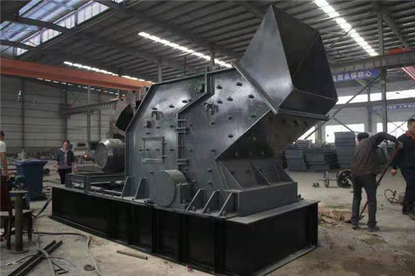 冲击式制砂机与圆锥破碎机的紧密配合在耐火材料加工工艺中的应用