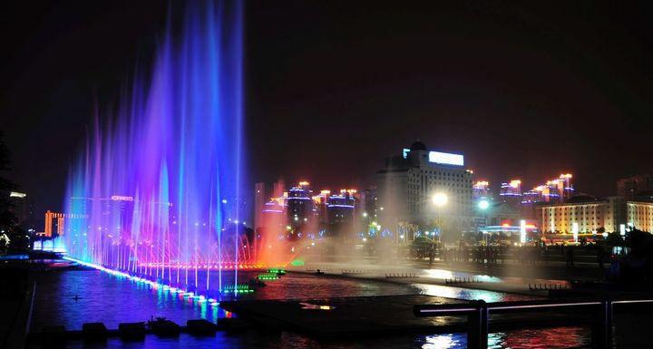 四川水幕电影喷泉