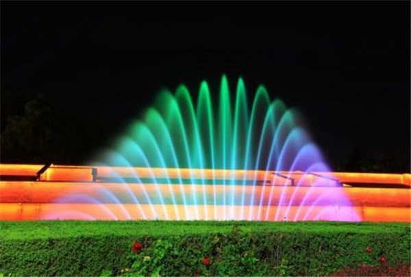 成都噴泉噴嘴日常維護在音樂噴泉維修中的重要性