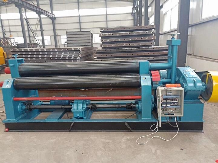 陕西路桥公司采购我们公司20/3200剪板机和20/2500卷板机各一台