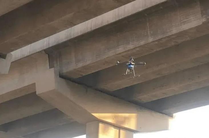 无人机在桥梁检测中的应用现状