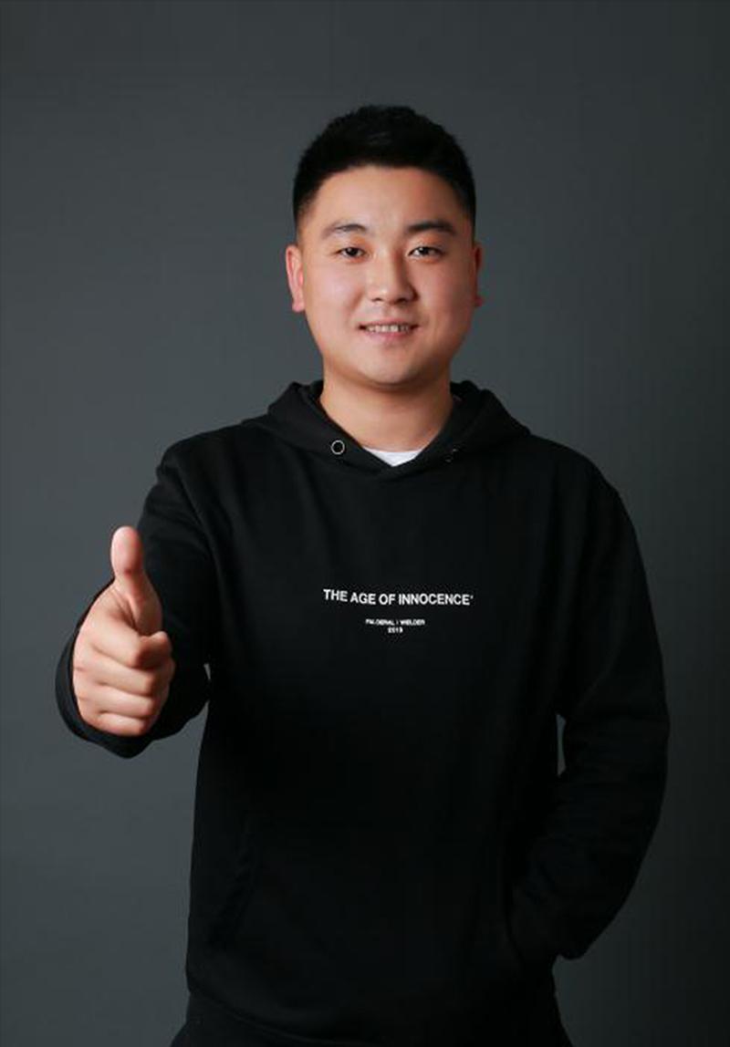 王鑫-艺博美术色彩主教