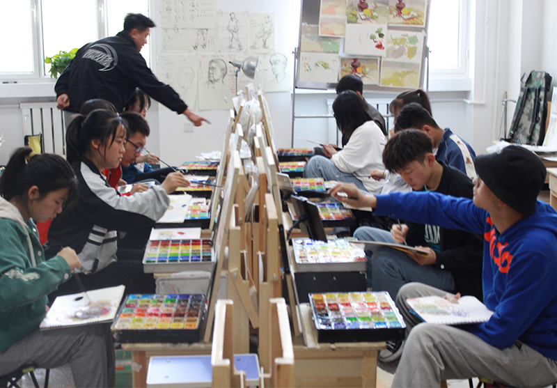 美术培训需要有兴趣的加持,不然就不会有好结果