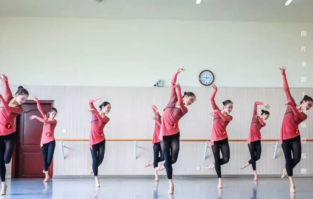 舞蹈生必不可少的早功,你练对了吗?