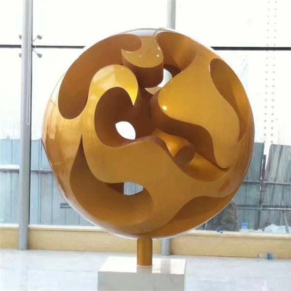 今天给大家分享下铜雕的不同工艺及优点!