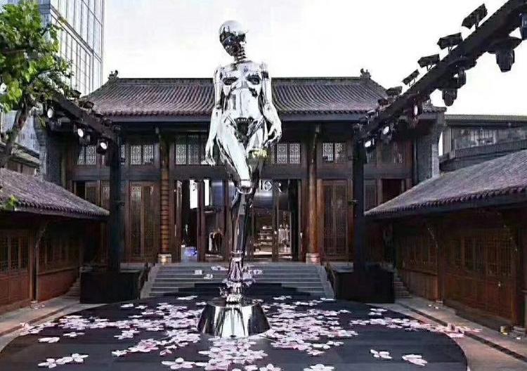 西安玻璃钢雕塑批发
