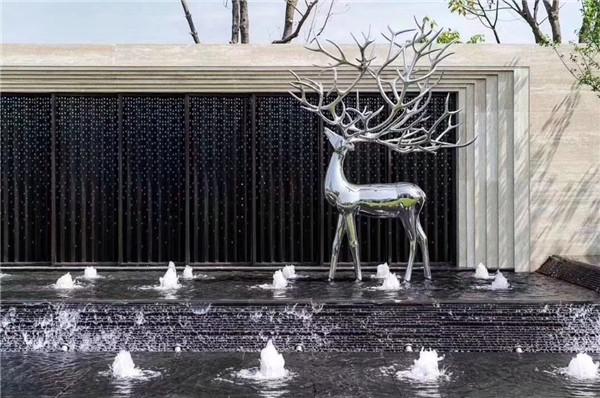 在景观雕塑设计如何更好的凸显艺术氛围?不如来看看这篇文章吧!