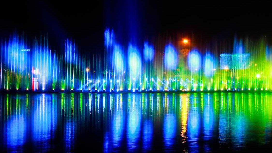对水木产生器的四川激光水幕电影有什么要求?