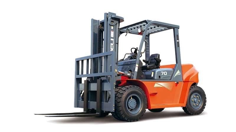 半电动堆高车:电动牵引车的6大操作步骤你了解吗