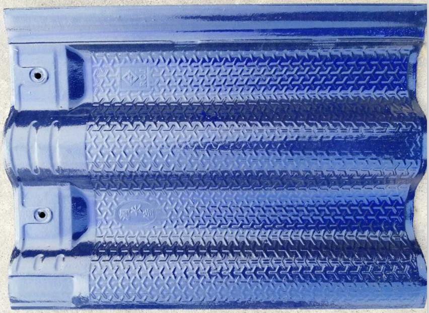 琉璃瓦是用什么材料做的?