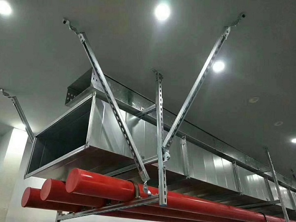 在对消防抗震支架吊环施工时,一定要注意这7个布点要求!