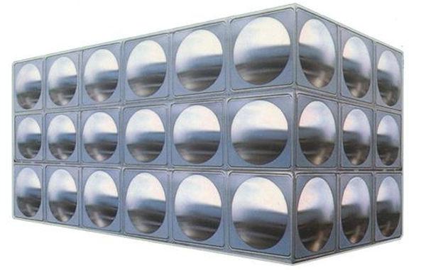 秦粤辉煌的小编给你介绍组合式不锈钢水箱的特点
