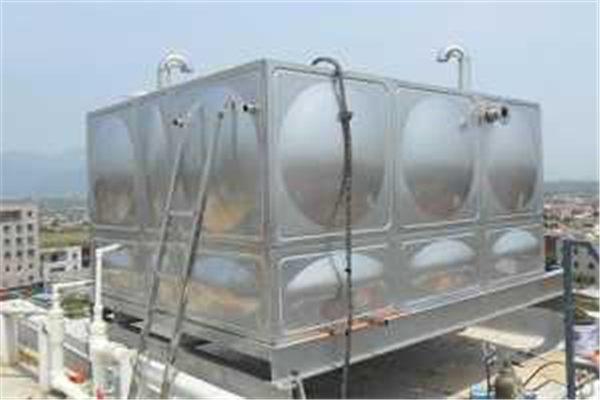 水箱漏水的应急处理方法有哪些,秦粤辉煌的小编给你整理。