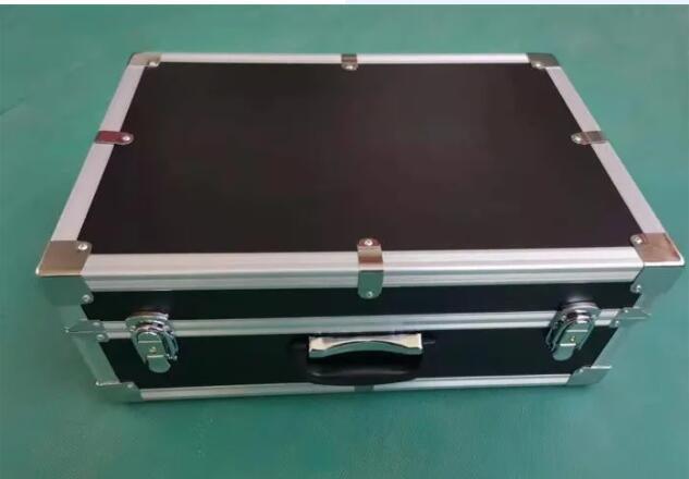 三峰科技向你讲解陕西仪器箱的特点都有哪些?