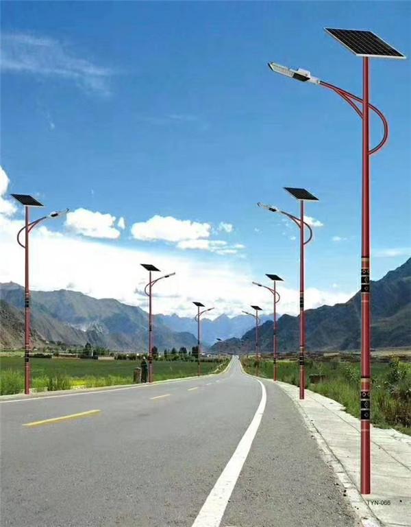 西藏山南民族特色太阳能路灯