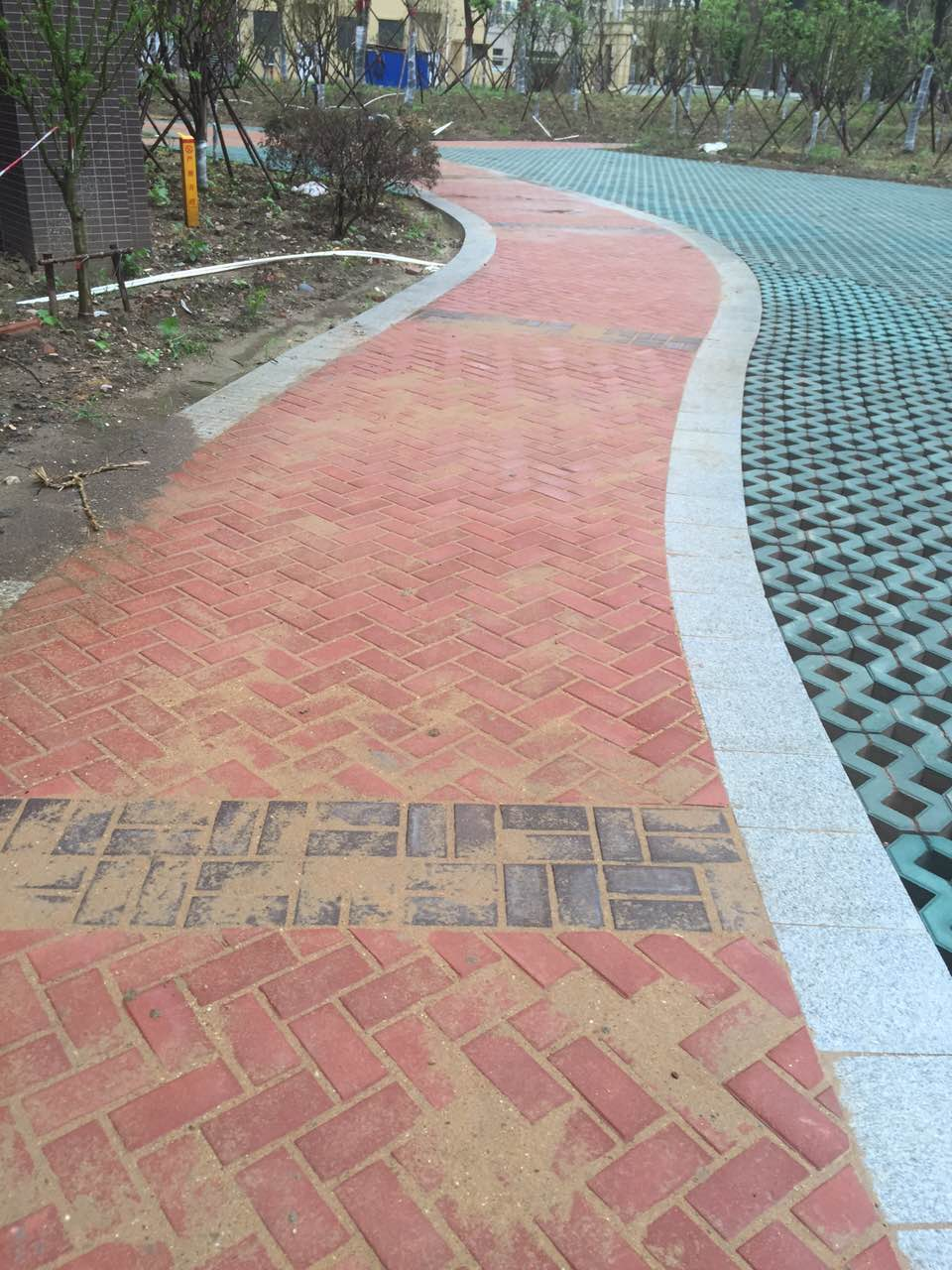 湖北通體路面磚