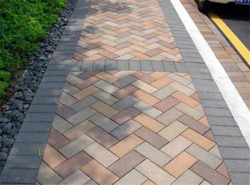 湖北通體路面磚的以下特點您了解嗎?
