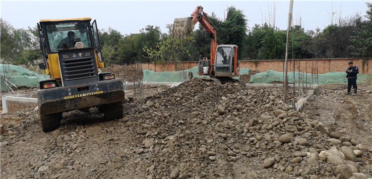 建筑工地地基施工