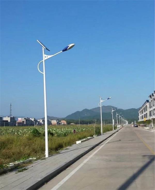 太阳能路灯的结构组成、原理及优缺点给大家分享一下