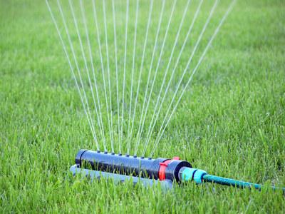 对于草坪喷灌系统喷头选择及安装时应注意的问题一定要掌握