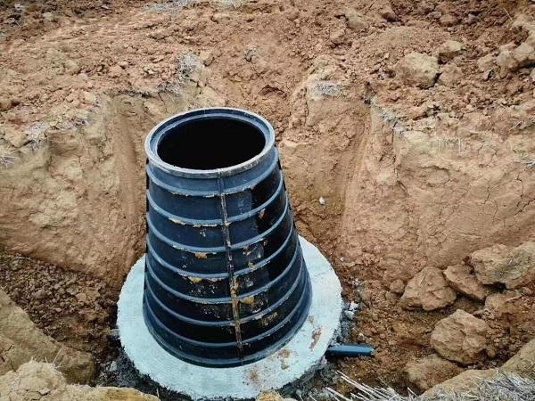 安装HDPE排水管